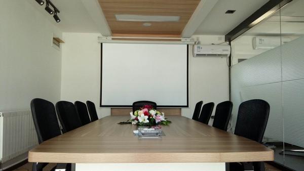 现代化集装箱会议室